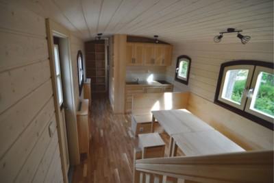 Carlson Sitzbereich und Küche