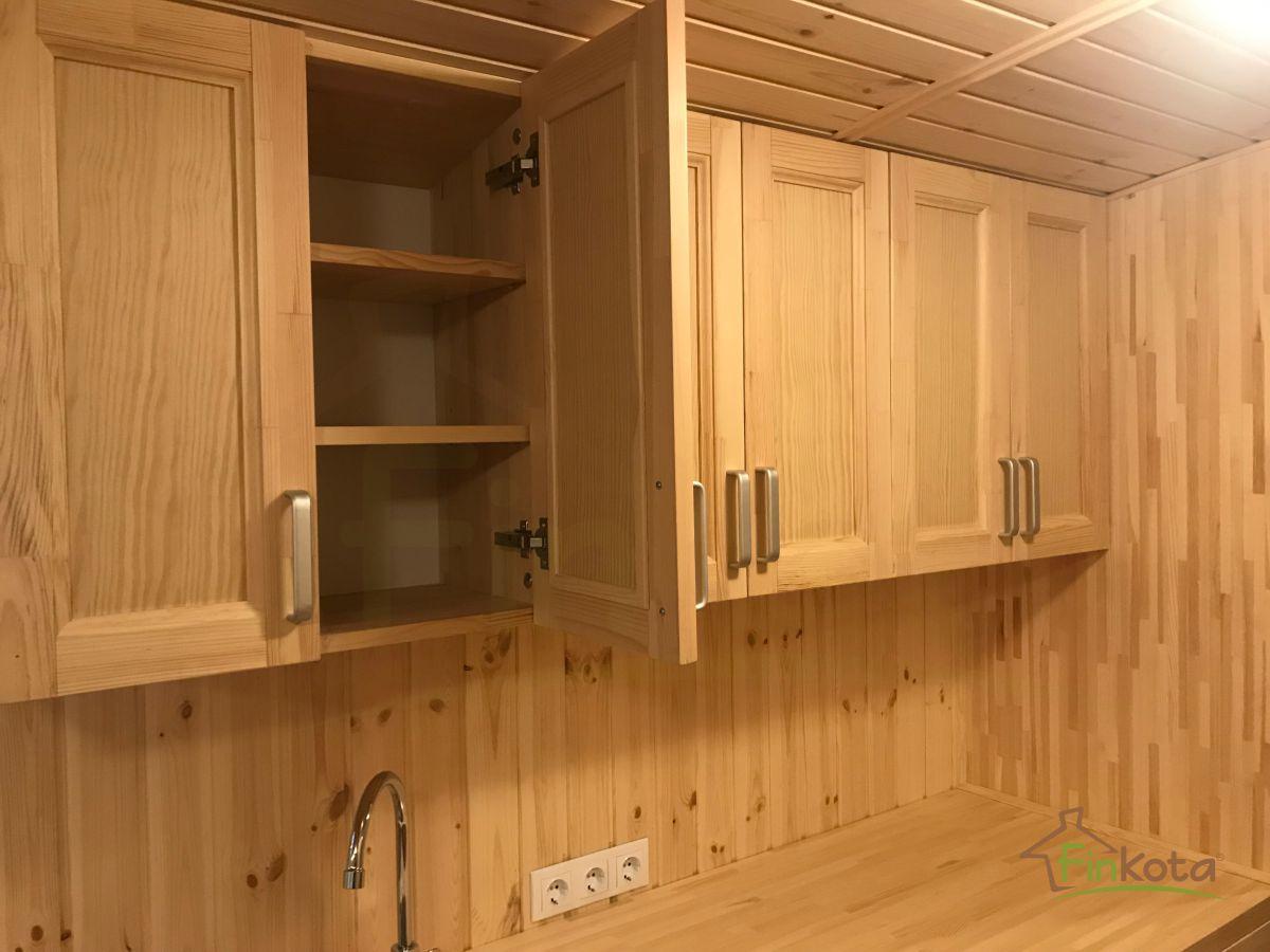 Küche mit allen Installationen