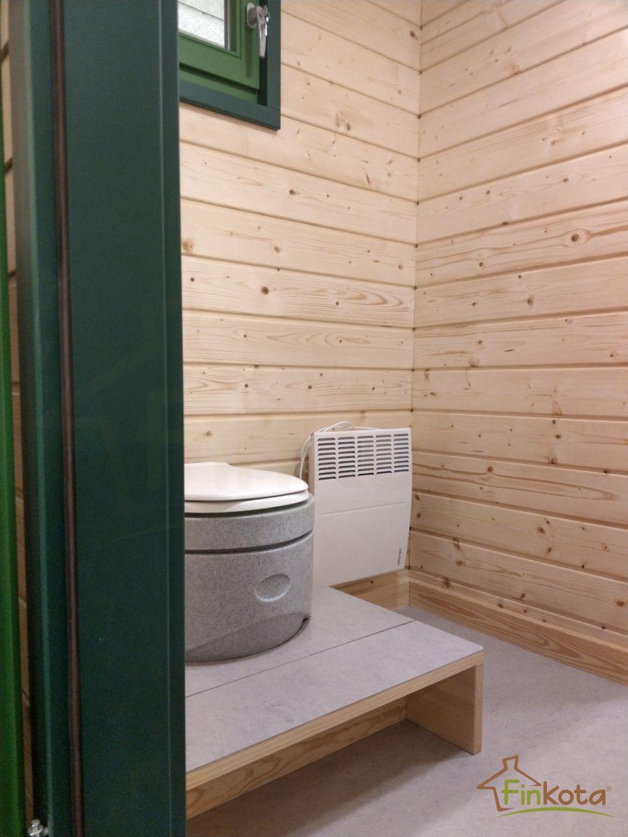 Komposttoilette mit Podest und klappbarer Stufe